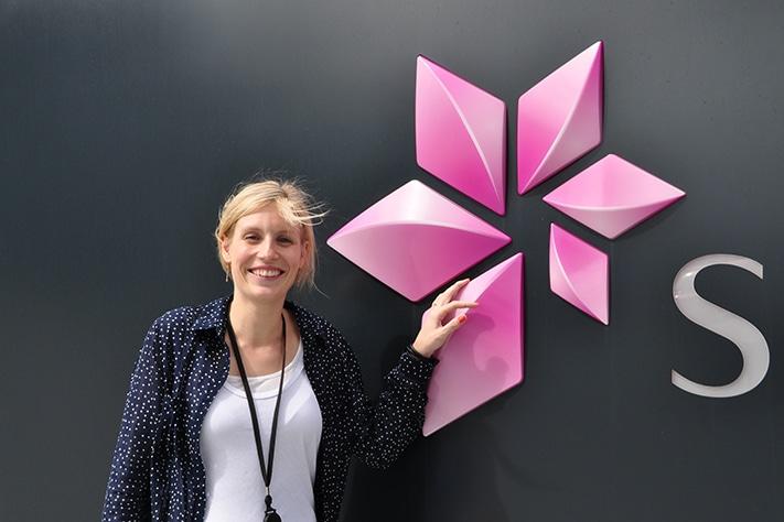 Maren Kristine Hustad Kleven er veldig fornøyd. Alt som forbindes med jobben som geolog i Statoil synes hun er positivt. Foto: Halfdan Carstens