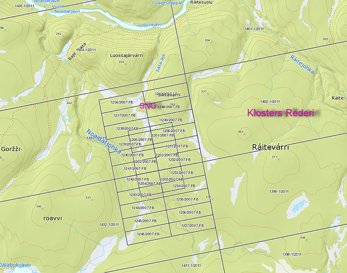 Store Norske Gull og Terra Control (de mindre rektanglene) har blitt fullstendig omringet av Klosters Rederi rundt Ráitevárri på Finnmarksvidda. De store rektanglene (bare deler av dem vises) utgjør 10 km2, mens det samlede arealet av de mindre utgjør mindre enn 7 km2.