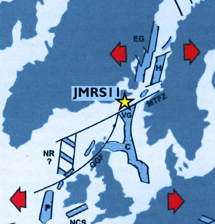Norge og Grønland lå inntil hverandre før Norskehavet begynte å åpne seg i tertiær. Her ser vi at Vikinggrabenen i Nordsjøen grenser opp mot Jan Mayen-ryggen så vel som Øst-Grønland. Det er derfor ikke urimelig at det er geologiske likheter mellom den nordligste delen av Nordsjøen og Jan Mayen-ryggen. Kilde: Doré et al