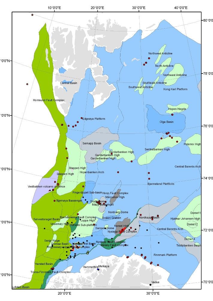 Det er bare i den sørlige halvdelen av Barentshavet (sør for 74° 30'N), at oljeselskapene har fått anledning til å lete etter hydrokarboner (letebrønnene er avmerket med en sort prikk), og de eneste kommersielle funnene er gjort i Hammerfestbassenget og helt sørvest i Nordkappbassenget. Så langt er det bare Snøhvit som er satt i produksjon, men to andre felt – Goliat og Nucula – er så store at de ventelig også vil bli satt i produksjon. I det nordlige Barentshavet er det bare Oljedirektoratet som har anledning til å samle inn data (stratigrafiske boringer er avmerket med en rød prikk), og inntil området blir åpnet for petroleumsvirksomhet er disse dataene ikke offentlig tilgjengelig. © Oljedirektoratet