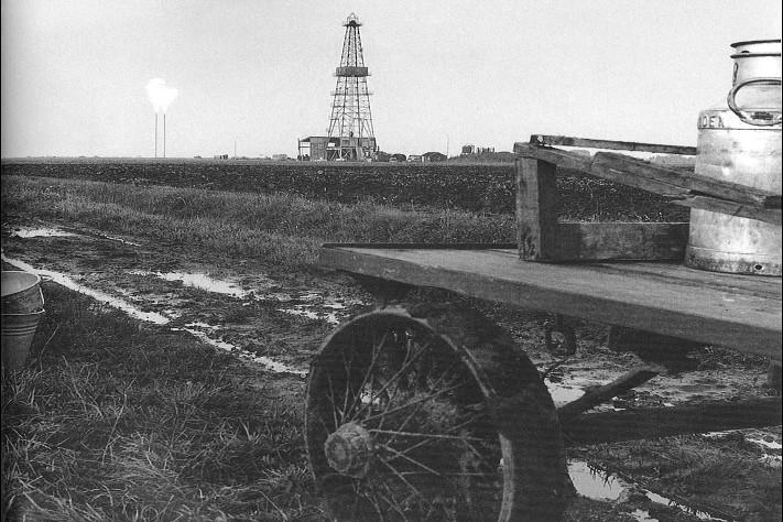 Slochteren # 1 fant gassfeltet Groningen i 1959 og var den spede starten på oljerushet i Nordsjøen. I ettertid vet vi imidlertid at det aller meste av ressursene i dette sedimentbassenget (Southern Gas Basin) er gass. Foto: NAM