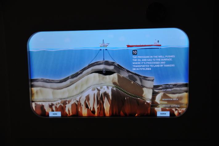 Olje/vann-kontakten i animasjonen om dannelse, migrasjon og oppfanging av olje har en litt uvant form. Foto: Halfdan Carstens