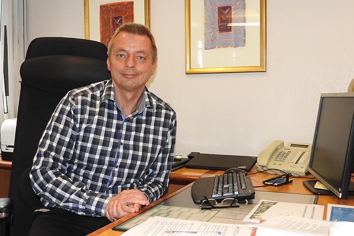 Dag Larsen har ledet Titania siden 2009. Før det var han på Stjernøy i Finnmark i tolv år og A/S Sydvaranger i ni år. Foto: Halfdan Carstens